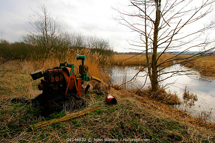 Abandoned Pump, once used for keeping peat workings dry, Somerset Levels, UK.  ,  EUROPE,FARMLAND,LANDSCAPES,MACHINERY,MANAGEMENT,RIVERS,UK,WETLANDS,United Kingdom,British,ENGLAND  ,  John Waters