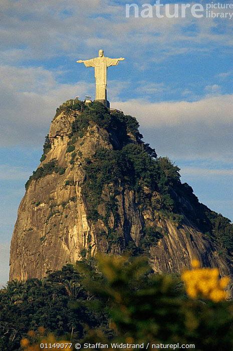 Statue of Christ, Christo Redentor, Rio de Janeiro, Brazil, South America  ,  attraction,Christianity,CLIFFS,landmark,LANDSCAPES,Religion,religious,south america,statues,VERTICAL,worship,Geology,SOUTH-AMERICA  ,  Staffan Widstrand