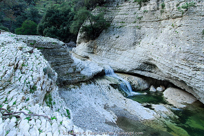 Rock formations with pool, Sardinia, Italy  ,  EUROPE,ROCK FORMATIONS,ROCKS,STREAMS,WATER,Geology , Supramonte NP, national park  ,  Fabio Liverani
