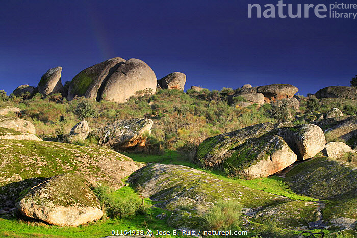 Rock formations, Los Barruecos NP, C�ceres, Extremadura, Spain  ,  EUROPE,LANDSCAPES,NP,ROCKS,SPAIN,Geology,National Park  ,  Jose B. Ruiz