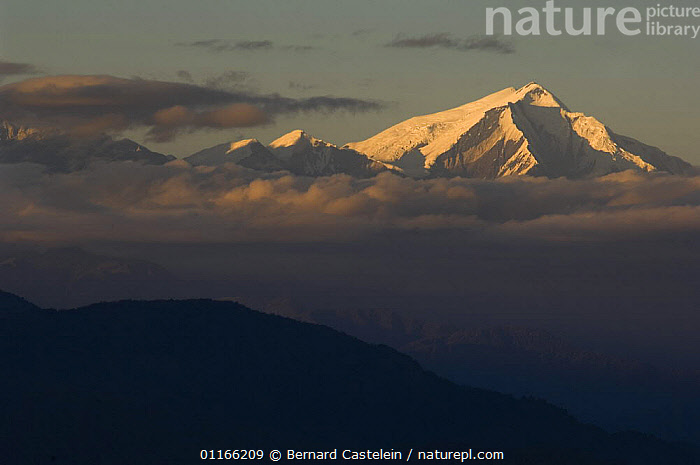 Peak of Gorrichen mountain seen from Bomdila, Himalayas, India  ,  ASIA,CLOUDS,INDIA,INDIAN SUBCONTINENT,LANDSCAPES,MOUNTAINS,RIDGE,SILHOUETTES,SNOW,Weather,INDIAN-SUBCONTINENT  ,  Bernard Castelein