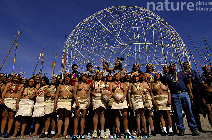 Huaorani indians in Quito for a protest march against Petrobras, a Brazilian oil company who wanted to build another access road into Yasuni National Park, Ecuador, July 2005  ,  Ecuador,ethnic,GROUPS,Indians,Indigenous,PEOPLE,PORTRAITS,south america,TRIBES,tropical rainforest  ,  Pete Oxford