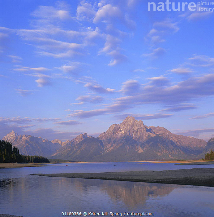 Teton Range with Jackson Lake, Grand Teton NP, Wyoming, USA, CLOUDS,LAKES,LANDSCAPES,MOUNTAINS,NORTH AMERICA,NORTH AMERICA,REFLECTIONS,RESERVE,TREES,USA,WATER,Weather,Plants ,Rocky Mountains,, Kirkendall-Spring