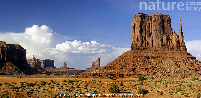 The Mittens and clouds forming over the Monument Valley Navajo Tribal Park, Arizona, USA May 2007  ,  CLOUDS,DESERTS,EROSION,GEOLOGY,LANDSCAPES,NORTH AMERICA,NORTH AMERICA,RESERVE,ROCK FORMATIONS,ROCKS,Weather,USA  ,  Philippe Clement