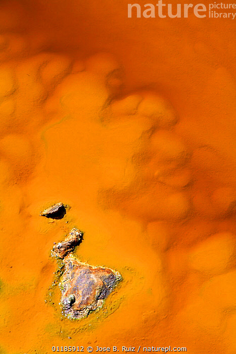 R�o Tinto, or Red River, very acidic and coloured deep red by iron dissolved in the water that drains from the local Riotinto mines causing severe environmental problems. Huelva, Spain  ,  ARTY,COLOURFUL,EUROPE,LANDSCAPES,MINERALS,ORANGE,POLLUTION,RIVERS,SPAIN,VERTICAL,WATER  ,  Jose B. Ruiz