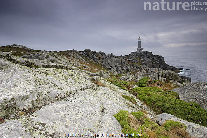 Lighthouse at Mariga Point, Costa da Morte, Galicia, Spain  ,  COASTS,DRAMATIC,EUROPE,granite,LANDSCAPES,LIGHTHOUSES,OCEAN,ROCK FORMATIONS,ROCKS,SPAIN,Geology,CONCEPTS,BUILDINGS  ,  Jose B. Ruiz