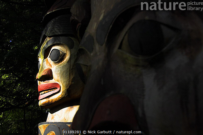 Totem pole in Great Bear Forest, British Columbia, Canada  ,  ARTIFACTS,CANADA,CRAFTS,TRADITIONAL,VERTICAL,North America  ,  Nick Garbutt