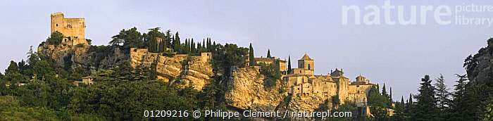View of the old hilltop Roman town, Vaison-La-Romaine, Provence, France. June 2008.  ,  BUILDINGS,EUROPE,FRANCE,LANDSCAPES,PANORAMIC,TOWNS,TRADITIONAL,VILLAGES  ,  Philippe Clement