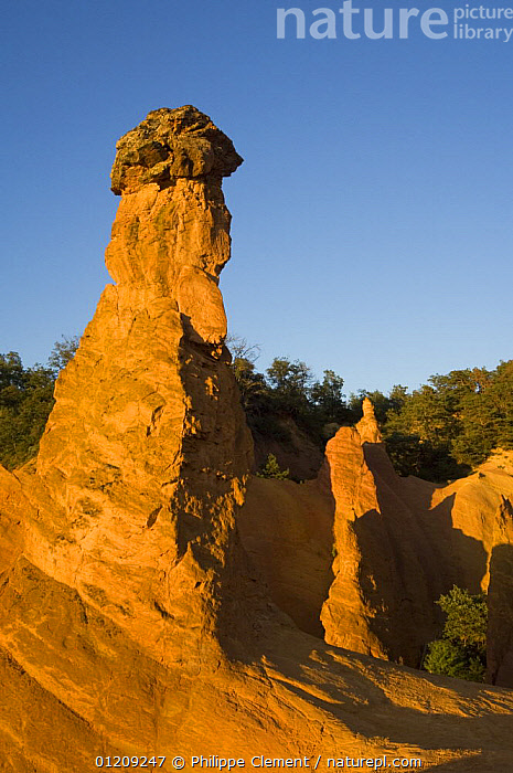 Erosion in the old ochre quarry, known as the Colorado Proven�al at Rustrel, Provence, France, June 2008.  ,  CLIFFS,EUROPE,FRANCE,LANDSCAPES,SANDSTONE,VERTICAL,Geology  ,  Philippe Clement