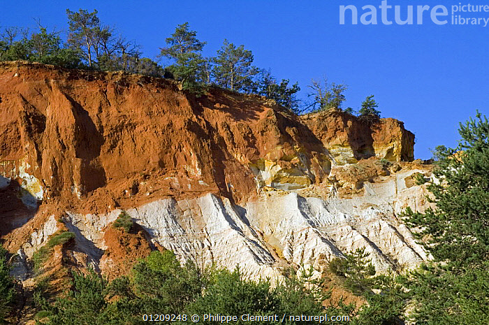 Different coloured layers of rock and erosion in the old ochre quarry, known as the Colorado Proven�al at Rustrel, Provence, France. June 2008.  ,  CLIFFS,EUROPE,FRANCE,GEOLOGY,LANDSCAPES,SANDSTONE  ,  Philippe Clement