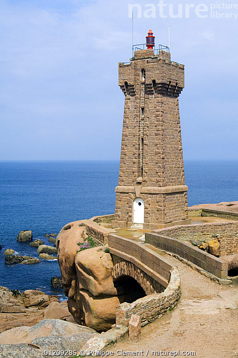 Lighthouse at Ploumanac'h along the Pink Granite Coast, Brittany, France. May 2008.  ,  ATLANTIC,BUILDINGS,COASTS,EUROPE,FRANCE,LANDSCAPES,LIGHTHOUSES,TOWER,VERTICAL  ,  Philippe Clement