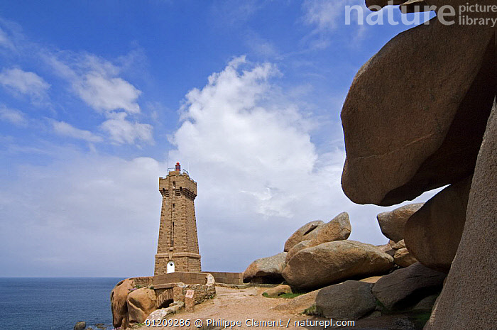 Lighthouse at Ploumanac'h along the Pink Granite Coast, Brittany, France. May 2008.  ,  BUILDINGS,COASTS,EUROPE,FRANCE,LANDSCAPES,LIGHTHOUSES  ,  Philippe Clement
