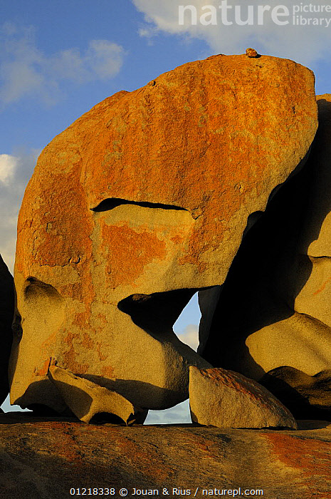 Remarkable Rock site, Flinders Chase National Park, Kangaroo Island, South Australia, Australia, AUSTRALASIA,AUSTRALIA,EROSION,GEOLOGY,LANDSCAPES,NP,RESERVE,ROCK FORMATIONS,ROCKS,VERTICAL,National Park,Catalogue1, Jouan & Rius