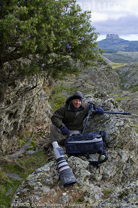 Photographer Ingo Arndt on location for Wild Wonders of Europe, Gennargentu National Park, Sardinia, Italy, November 2008, CAMERAS,EUROPE,INGO ARNDT,ITALY,LANDSCAPES,MAN,NP,PEOPLE,PHOTOGRAPHY,PORTRAITS,RESERVE,ROCKS,VERTICAL,WWE,National Park, Wild Wonders of Europe / Arndt