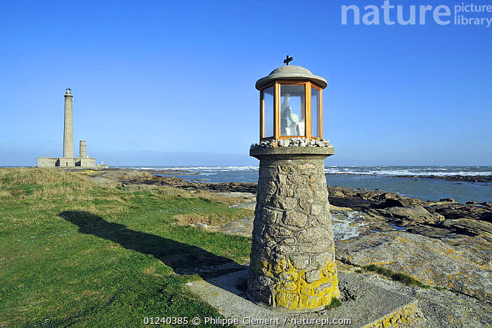 The Gatteville lighthouse at the Pointe de Barfleur, Normandy, France, December 2008  ,  BUILDINGS,COASTS,ENGLISH CHANNEL,EUROPE,FRANCE,LANDSCAPES,LIGHTHOUSES,LIGHTS,NORTH SEA  ,  Philippe Clement