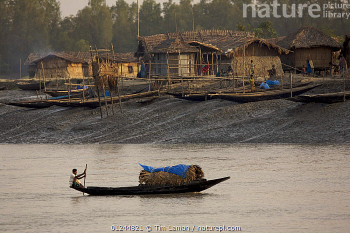 Fishing boat on Sibsa River in front of Nolian Village