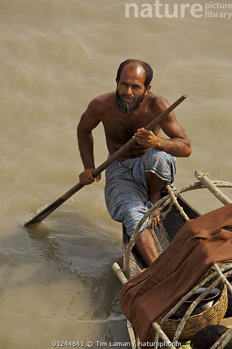 Fisherman on the Sibsa River, Sundarbans, Khulna Province, Bangladesh, March 2006, ASIA,BANGLADESH,BOATS,COASTS,FISHING,PEOPLE,SUNDARBAN,SUNDARBANS,SUNDERBANS,TRADITIONAL,VERTICAL,INDIAN-SUBCONTINENT, Tim Laman