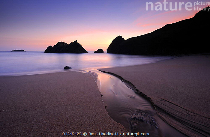 Soar Mill Cove, late evening light, near Salcombe, South Devon, UK, September 2009, ATMOSPHERIC,BEACHES,CLIFFS,COASTS,EUROPE,GEOLOGY,LANDSCAPES,RIVERS,ROCKS,SEA,SILHOUETTES,UK, United Kingdom, United Kingdom, Ross Hoddinott
