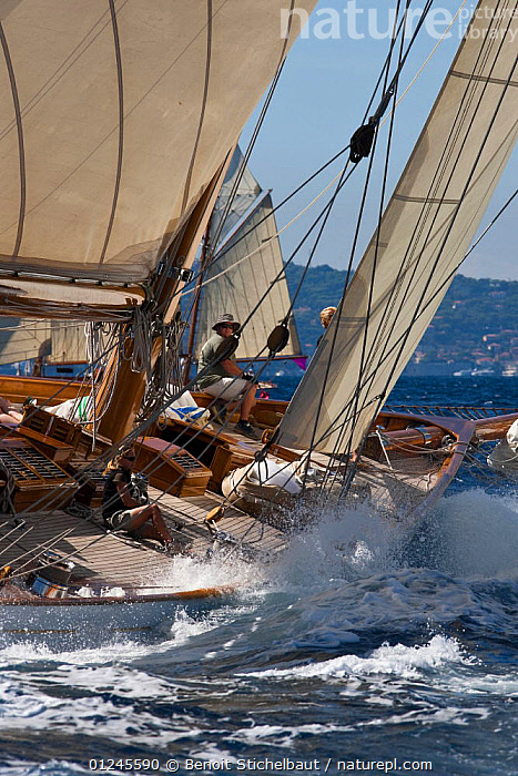 "Marconi cutter ""Cambria"" (1928) at Monaco Classics Week, September 2009. ^^^""Tuiga"" Centenary., CLASSICS,COASTS,CUTTERS,HISTORICAL,MEDITERRANEAN,MS,SAILING BOATS,SPLASHES,SPRAY,VERTICAL,YACHTS,BOATS , SAILING-BOATS , SAILING-BOATS, Benoit Stichelbaut"