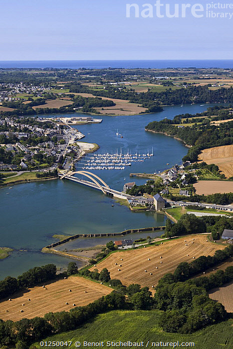 Treguier and the Jaudy River, Cotes d'Armor, France, August 2009.  ,  AERIALS,BRIDGES,Brittany,COASTS,COUNTRYSIDE,EUROPE,FARMLAND,FRANCE,LANDSCAPES,MARINAS,RIVERS,TOWNS  ,  Benoit Stichelbaut