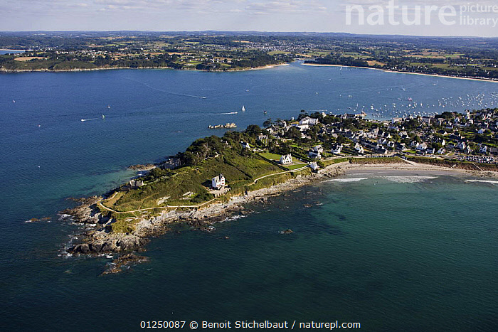Castle Point, Locquirec, Finistere, France. August 2009.  ,  AERIALS,Brittany,COASTS,EUROPE,Finist�re,FRANCE,headlands,LANDSCAPES,POINTE DU CHATEAU,TOWNS  ,  Benoit Stichelbaut