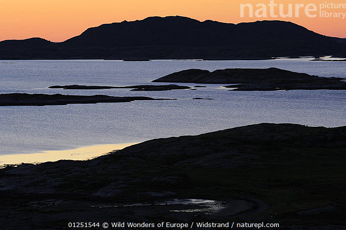 Flatanger coastal landscape with small islands, Nord Tr�ndelag, Norway, August 2008  ,  COASTS,EUROPE,ISLANDS,LANDSCAPES,NORWAY,ORANGE,SCANDINAVIA,SILHOUETTES,Staffan Widstrand,SUNSET,WWE, Scandinavia  ,  Wild Wonders of Europe / Widstrand