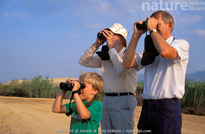 Three generations of Birdwatchers at Al Ansab Lagoons, Muscat, Oman, December 1996  ,  ARABIA,BINOCULARS,BIRDWATCHING,BIRD WATCHING,LEISURE,MIDDLE EAST,PEOPLE,TOURISTS  ,  Hanne & Jens Eriksen