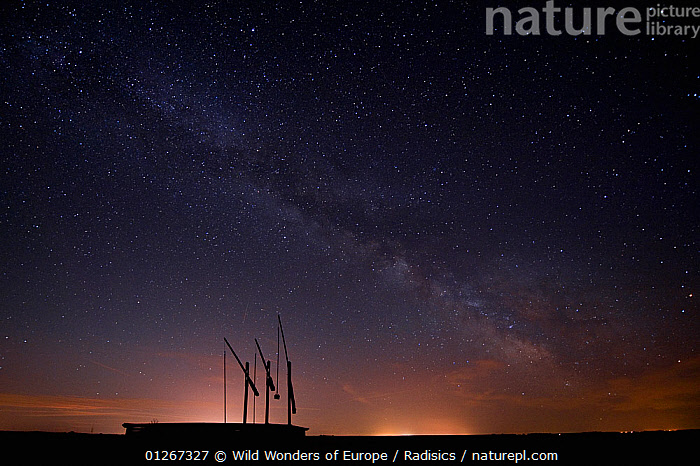 Water well at night with the milky way, Hortobagy National Park, Hungary, June 2009  ,  EASTERN EUROPE,EUROPE,HUNGARY,LANDSCAPES,MILAN RADISICS,NIGHT,NP,RESERVE,SILHOUETTES,SKY,STARS,WWE,National Park  ,  Wild Wonders of Europe / Radisics