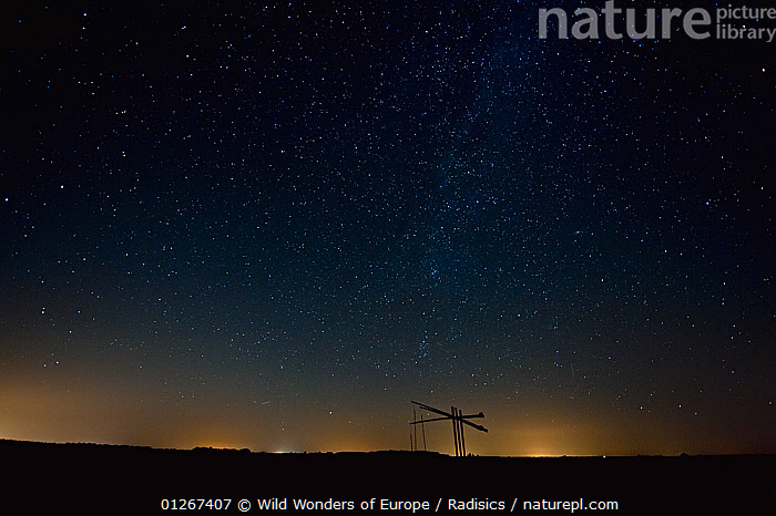 Water well under a starry sky, Hortobagy National Park, Hungary, July 2009  ,  EASTERN EUROPE,EUROPE,HUNGARY,LANDSCAPES,MILAN RADISICS,NIGHT,NP,RESERVE,SILHOUETTES,SKY,STARS,WWE,National Park  ,  Wild Wonders of Europe / Radisics