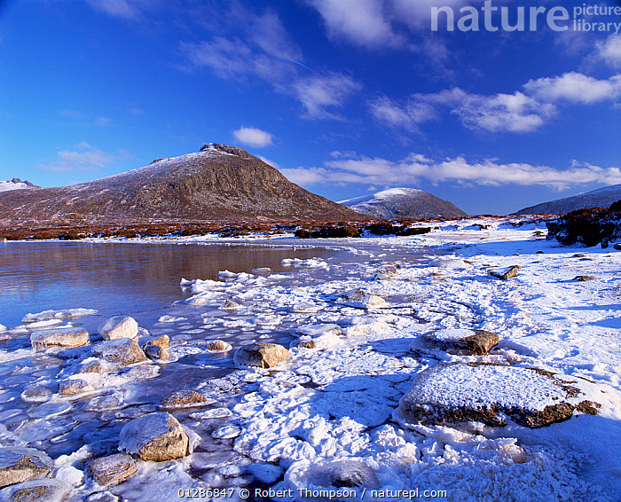 Lough Shannagh with light covering of snow on the beach and Doan peak in the background, Mourne Mountains, County Down, Northern Ireland, UK  ,  BEACHES,BLUE,COASTS,EUROPE,LANDSCAPES,MOUNTAINS,NORTHERN IRELAND,RESERVE,SNOW,UK,ULSTER,WINTER,United Kingdom  ,  Robert Thompson