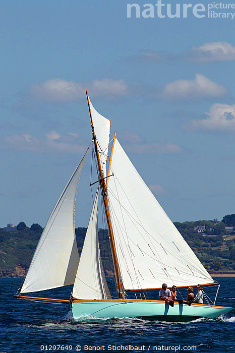 """""""Seagull"""" at Brest Classic Week, Brittany, France, July 2010.  ,  BOATS,CLASSICS,COASTS,CREWS,EUROPE,EVENTS,FORESAILS,FRANCE,MAINSAILS,PROFILE,SAILING BOATS,VERTICAL,WOODEN,YACHTS  ,  Benoit Stichelbaut"""