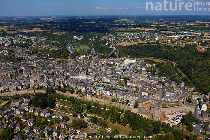 Aerial view across the medieval town of Dinan. C�tes d'Armor, Brittany, France, 2010.  ,  AERIALS,BUILDINGS,CITIES,EUROPE,FRANCE,LANDSCAPES,TOWNS  ,  Benoit Stichelbaut