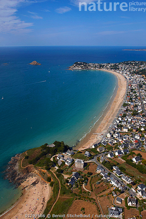 Aerial view across the beaches of Pleneuf Val Andre, C�tes d'Armor, Brittany, France, 2010.  ,  AERIALS,BEACHES,BUILDINGS,COASTS,CRUISING,EUROPE,FRANCE,LANDSCAPES,MARINAS,TOWNS,VERTICAL,core collection xtwox  ,  Benoit Stichelbaut