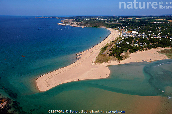 Aerial view of sand spit at Sables d'or les Pins. C�tes d'Armor, Brittany, France, 2010.  ,  AERIALS,BEACHES,BUILDINGS,COASTS,CRUISING,EUROPE,FRANCE,LANDSCAPES,TOWNS,core collection xtwox  ,  Benoit Stichelbaut