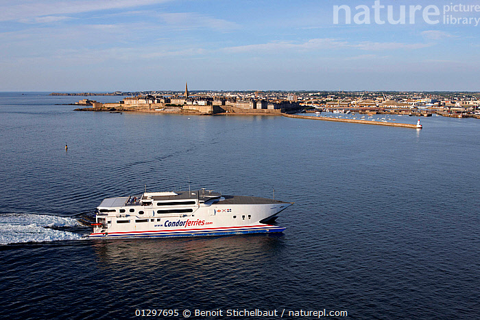 Condor Ferry arriving at Saint Malo, Brittany, France, 2010.  ,  BOATS,COASTS,EUROPE,FERRIES,FRANCE,PASSENGER FERRIES,PROFILE,TOWNS,WAKE,WORKING BOATS,WORKING-BOATS  ,  Benoit Stichelbaut