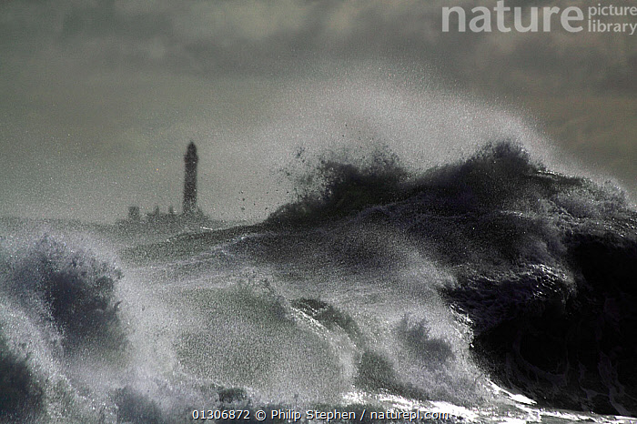 Wave breaking onto shoreline at Peterhead, Scotland, September 2010.  ,  ATMOSPHERIC,BREAKING,BUILDINGS,COASTS,DRAMATIC,EUROPE,EXTREME,LIGHTHOUSES,SCOTLAND,SPRAY,STORMS,UK,WAVES,WEATHER,CONCEPTS,United Kingdom  ,  Philip Stephen
