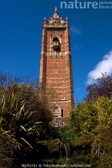 Cabot Tower, Bristol, England, 2009., ARCHITECTURE,BUILDINGS,EUROPE,HISTORICAL,UK,VERTICAL,WATERFALLS,United Kingdom, Toby Roxburgh