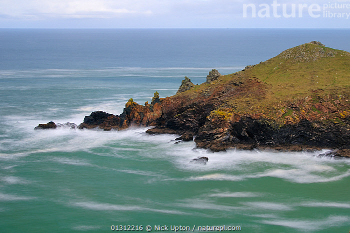 The Rumps, Pentire point, near Polzeath on a stormy day, north Cornwall, UK, April 2010., BLURRED,CLIFFS,COASTS,EUROPE,LANDSCAPES,ROCKS,SEA,STORMS,TIME EXPOSURE,UK,WAVES,WEATHER,Geology,United Kingdom, Nick Upton