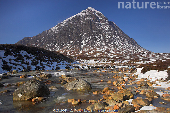 Buachaille Etive Mor in winter. Rannoch Moor, Glen Coe, Scotland, March 2010.  ,  COUNTRYSIDE,EUROPE,HIGHLANDS,LANDSCAPES,MOUNTAINS,Nobody,RIVERS,SCOTLAND,SNOW,UK,WATER,WINTER,United Kingdom  ,  Peter Lewis