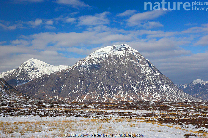 Buachaille Etive Mor and Stob Dearg in winter. Rannoch Moor, Glen Coe, Scotland, March 2010.  ,  COUNTRYSIDE,EUROPE,HIGHLANDS,LANDSCAPES,MOUNTAINS,Nobody,SCOTLAND,SNOW,UK,WINTER,United Kingdom  ,  Peter Lewis