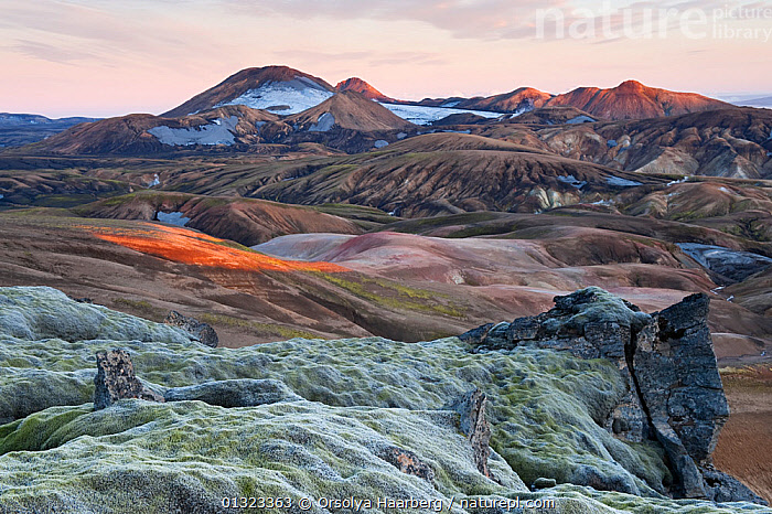 View over the hot spring area from the top of Hrafntinnusker towards Haskerdingur, Fjallabak Nature Reserve, Iceland, August 2010  ,  EUROPE,ICELAND,LANDSCAPES,LAVA,MOUNTAINS,RESERVE,RHYOLITE  ,  Orsolya Haarberg