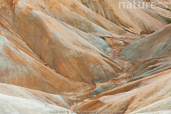 Mountain and valley landscape in Landmannalaugar along the Skalli Circle, Iceland, August 2010  ,  ARTY SHOTS,EUROPE,ICELAND,LANDSCAPES,MOUNTAINS,PATTERNS,RESERVE,RHYOLITE,VALLEYS  ,  Orsolya Haarberg