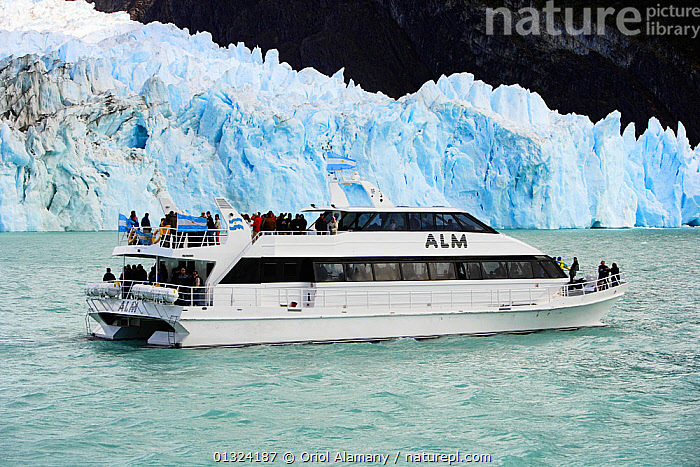 Tourists viewing Spegazzini Glacier from a ship, Los Glaciares National Park, Patagonia, Argentina, January 2006  ,  ARGENTINA,BOATS,COASTS,ECOTOURISM,GLACIERS,GROUPS,ICE,LANDSCAPES,NP,OUTDOORS,PEOPLE,RESERVE,SOUTH AMERICA,TOURISM,WATER,WHITE,SOUTH-AMERICA,Geology,National Park  ,  Oriol Alamany