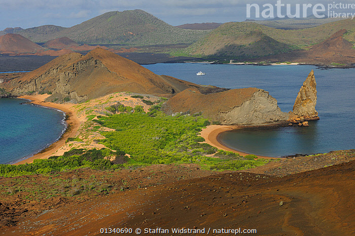 Inlet, beaches and volcanic hills on Bartholomew Island. Galapagos, Ecuador, April 2010., BEACHES,BOATS,COASTS,CRUISING,ECUADOR,GALAPAGOS,LANDSCAPES,MARINE,MOTORBOATS,PACIFIC ISLANDS,SOUTH AMERICA,VOLCANOES,WATER,SOUTH-AMERICA,Geology, Staffan Widstrand