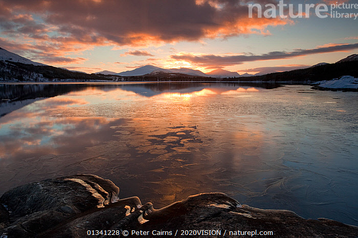 Sunset over Loch Laggan, Creag Meagaidh NNR, Highland, Scotland, UK, December 2010, 2020VISION,ATMOSPHERIC,CLOUDS,EUROPE,LAKES,LANDSCAPES,MOUNTAINS,PCA_3_0161210_29,REFLECTIONS,RESERVE,SCOTLAND,SUNSET,UK,WATER,WINTER,Weather,United Kingdom, Peter Cairns / 2020VISION