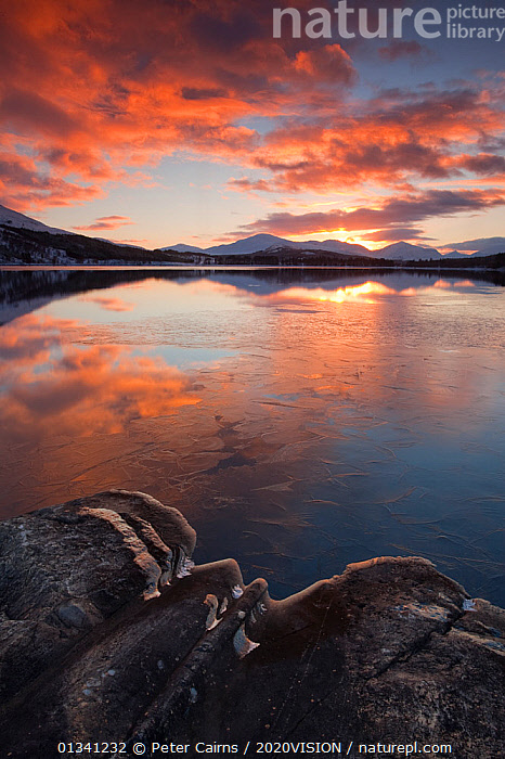 Sunset over Loch Laggan, Creag Meagaidh NNR, Highland, Scotland, UK, December 2010, 2020VISION,ATMOSPHERIC,CLOUDS,EUROPE,LAKES,LANDSCAPES,MOUNTAINS,PCA_3_0161210_35,REFLECTIONS,SCOTLAND,SUNSET,UK,VERTICAL,WATER,WINTER,Weather,United Kingdom, Peter Cairns / 2020VISION