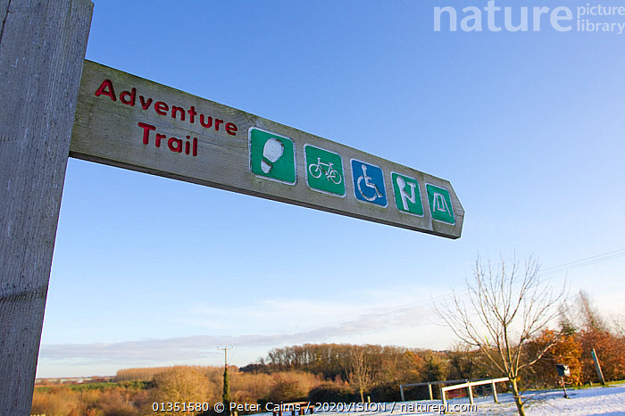 Signpost to Nature Trail through The National Forest, Moira, Derbyshire, UK, November 2011  ,  2020VISION,COLD,ENGLAND,EUROPE,FORESTS,LEISURE,Midlands,pca_1_210411_118,SIGNS,The National Forest,TRACKS,UK,WINTER,WOODLANDS,United Kingdom  ,  Peter Cairns / 2020VISION