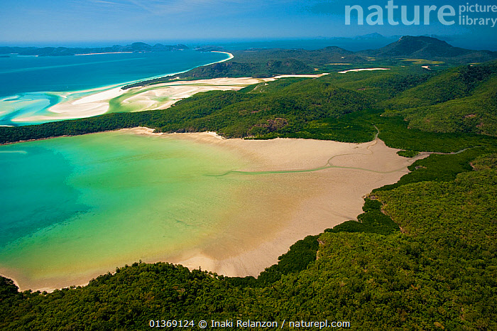 Whiteheaven beach, aerial view, Whitsunday Islands, Great Barrier Coral Reef, Queensland, Australia, October 2011.  ,  AERIALS,AUSTRALASIA,AUSTRALIA,COASTS,CORAL REEFS,ISLANDS,LANDSCAPES,MARINE,NP,OCEANS,PACIFIC,RESERVE,TROPICAL,TROPICAL RAINFOREST,WATER,National Park  ,  Inaki Relanzon