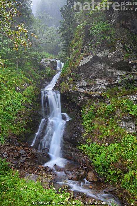 Waterfall, Vallee du Lis, Midi-Pyrenees, France, August.  ,  EUROPE,flowing,FRANCE,LANDSCAPES,misty,MOUNTAINS,ROCKS,Scenic,vegetation,VERTICAL,WATER,WATERFALLS  ,  Alex Hyde