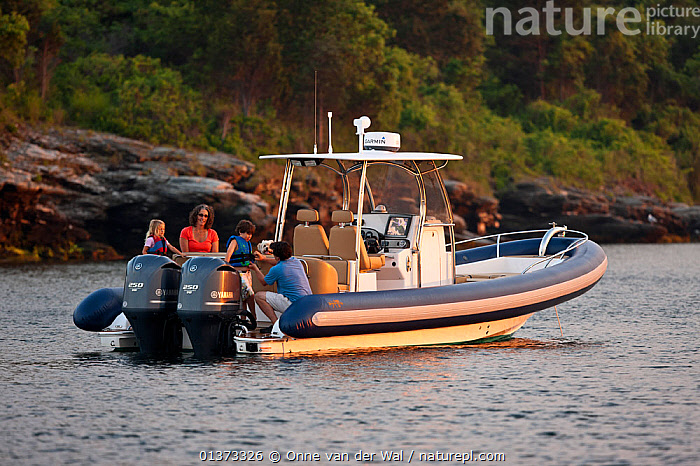 Nature Picture Library - Family on board Hunt Yachts HBI (Hard